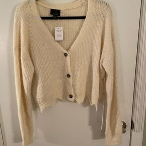 Ivory cropped sweater